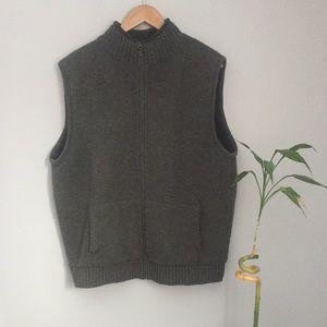 L.L Bean Vest 80% lambs wool